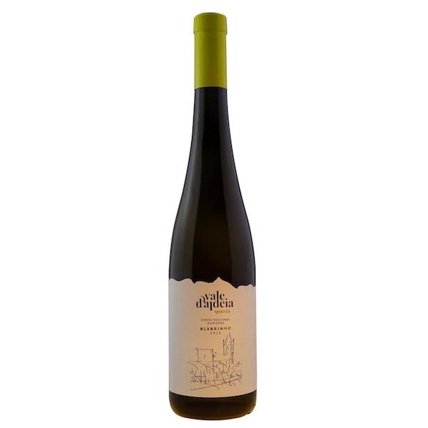 Alvarinho wine from the Quinta Vale d'Aldeia